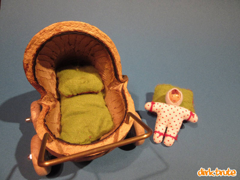 bauanleitung f r einen puppenwagen aus einer buddhanuss. Black Bedroom Furniture Sets. Home Design Ideas