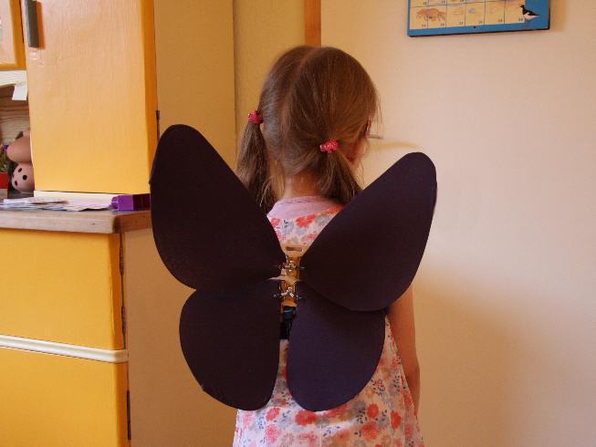Schmetterlings Oder Elfenflügel Basteln Eine Bastelanleitung